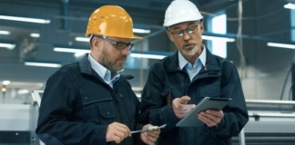 Manufacturers Reviewing Quality Software on Ipad